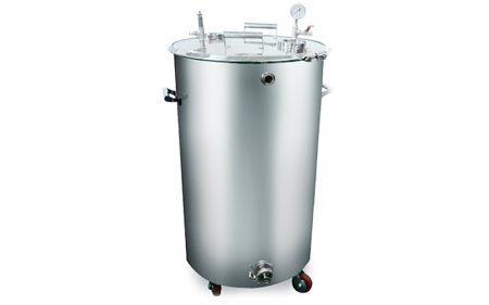 gelatin-service-tank